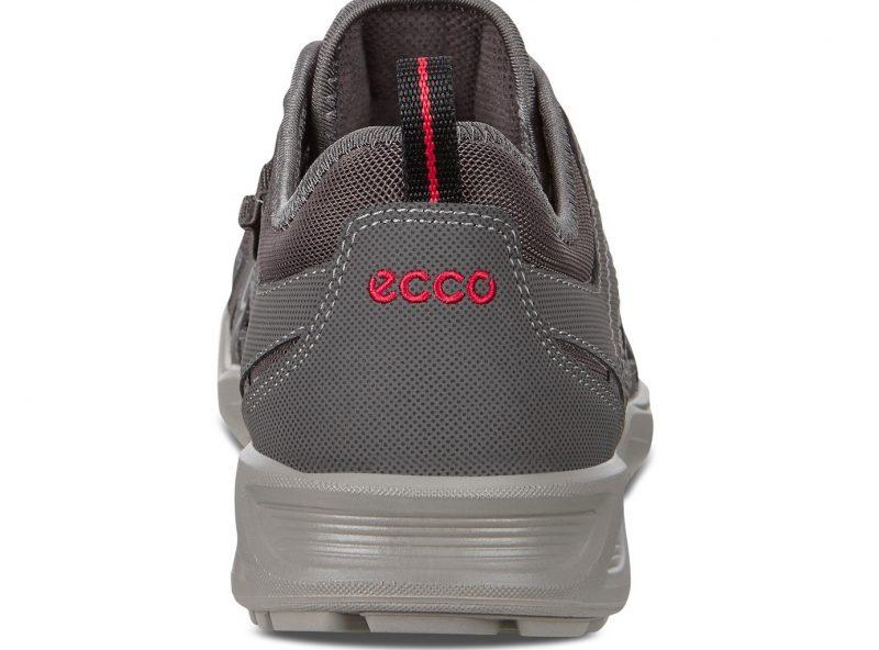 825774-56586-heel