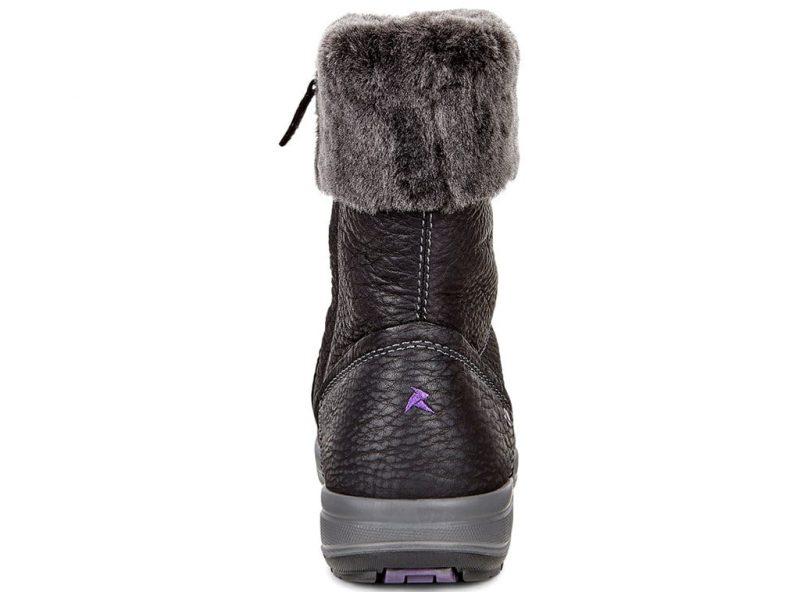 832143-56340-heel